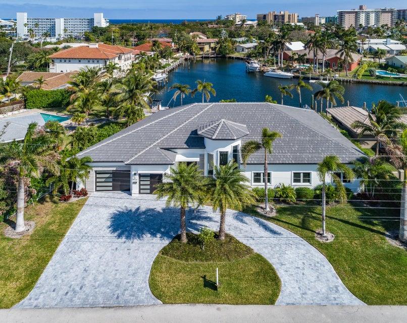 Частный односемейный дом для того Продажа на 5220 NE 29th Avenue 5220 NE 29th Avenue Lighthouse Point, Флорида 33064 Соединенные Штаты