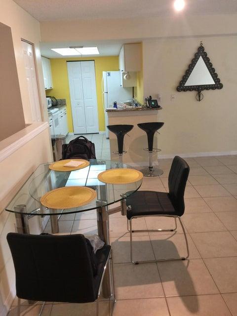400 Crestwood Court 406 Royal Palm Beach, FL 33411 photo 3