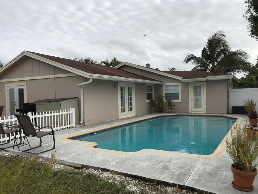 Home for sale in COUNTERPOINT ESTS PL NO 10 Royal Palm Beach Florida