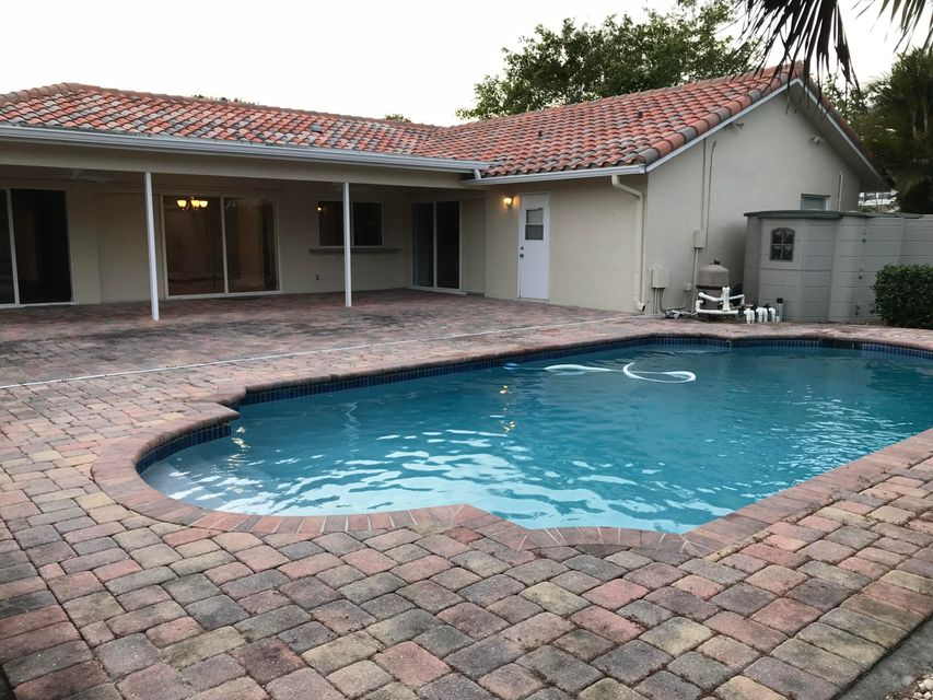 1432 Cold Springs Court Wellington, FL 33414 small photo 36