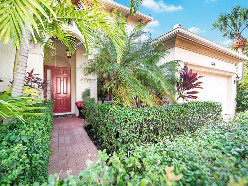 8640 Palisades Lakes Drive West Palm Beach, FL 33411 small photo 8