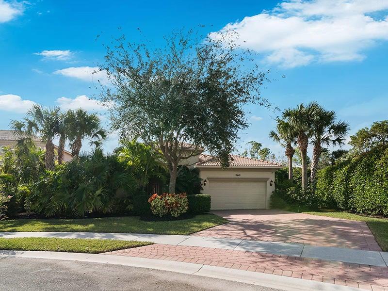 8640 Palisades Lakes Drive West Palm Beach, FL 33411 photo 45
