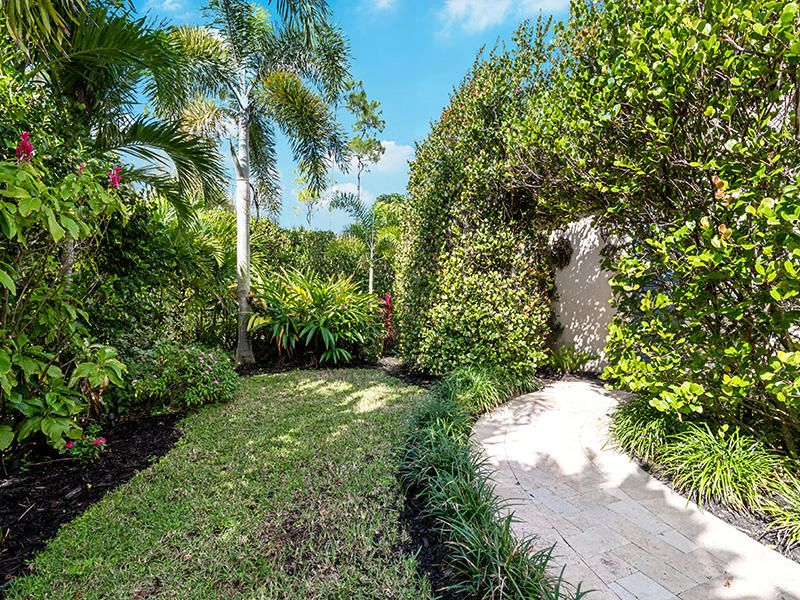 8640 Palisades Lakes Drive West Palm Beach, FL 33411 small photo 37