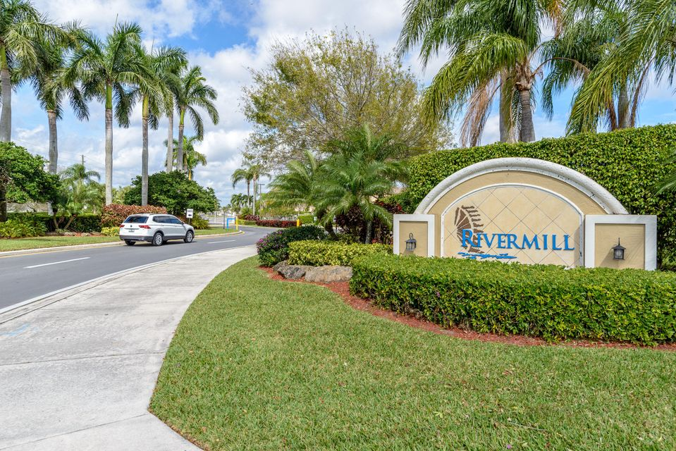 5358 Meadows Edge Drive  Lake Worth, FL 33463