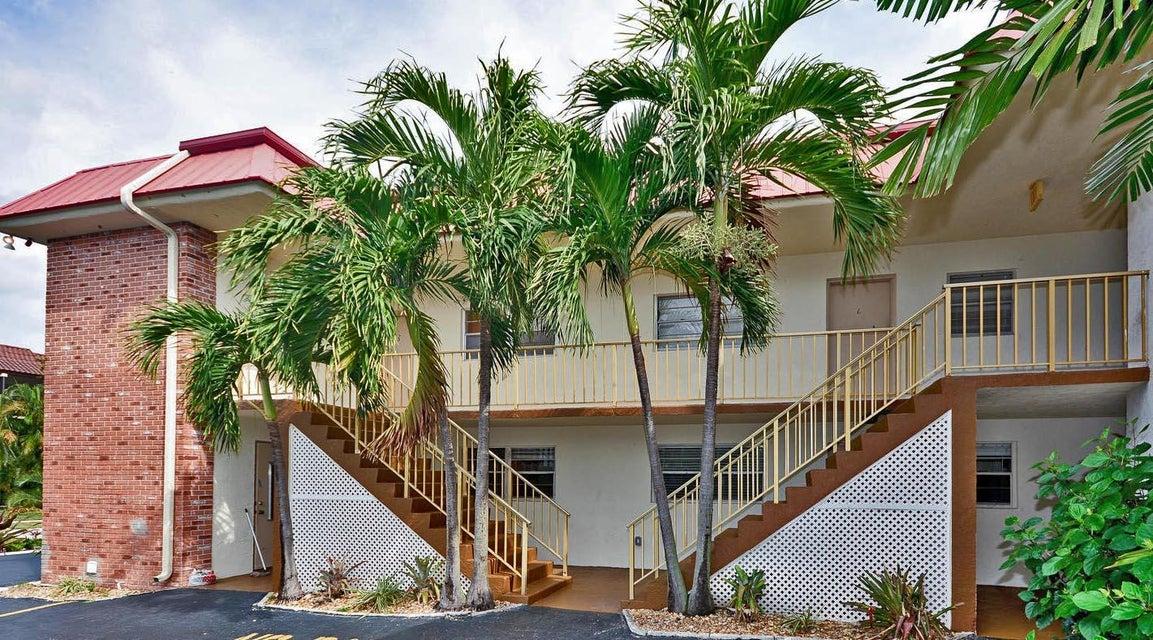 308 Southwind Court 1  North Palm Beach FL 33408