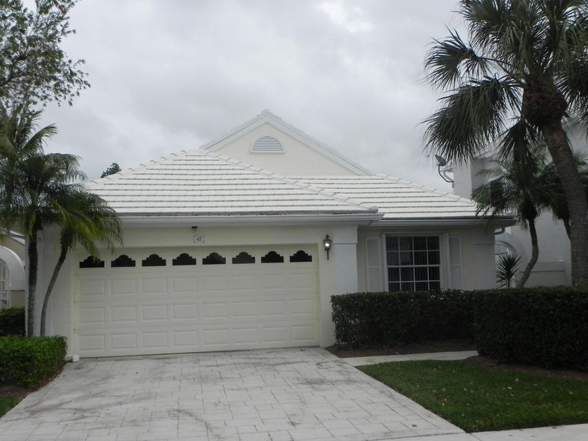 47 Windsor Lane , Palm Beach Gardens FL 33418 is listed for sale as MLS Listing RX-10404072 21 photos