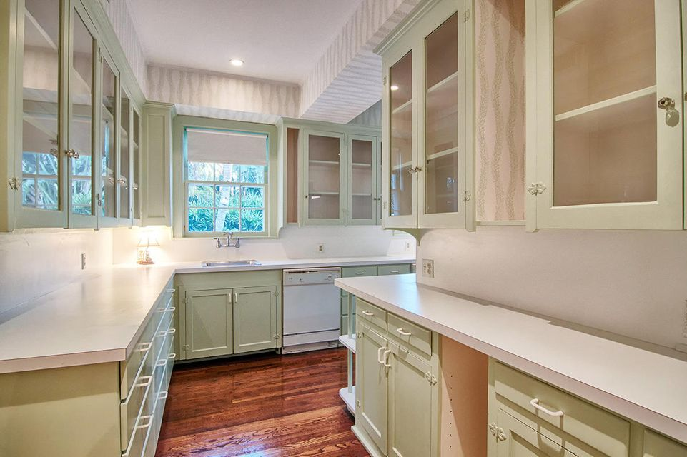 220  Jungle Road , Palm Beach FL 33480 is listed for sale as MLS Listing RX-10393782 photo #7