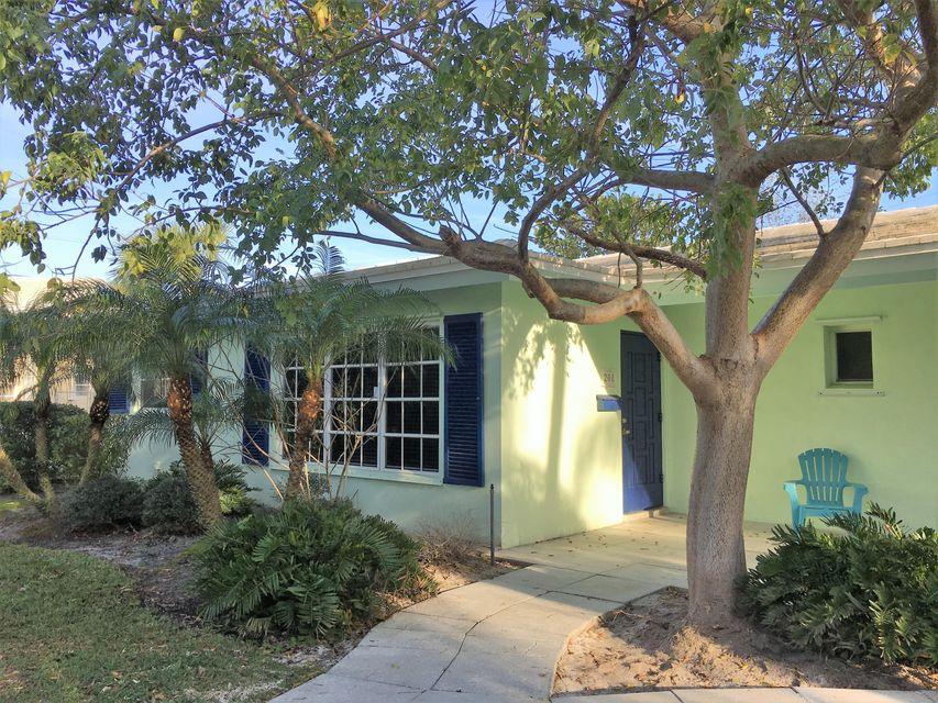 Duplex / Multiplex for Rent at 208 Beverly Drive 208 Beverly Drive Delray Beach, Florida 33444 United States