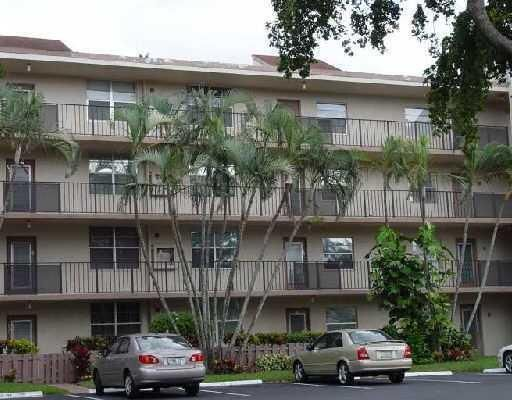 Condominium for Rent at 26 Abbey Lane # 407 26 Abbey Lane # 407 Delray Beach, Florida 33446 United States