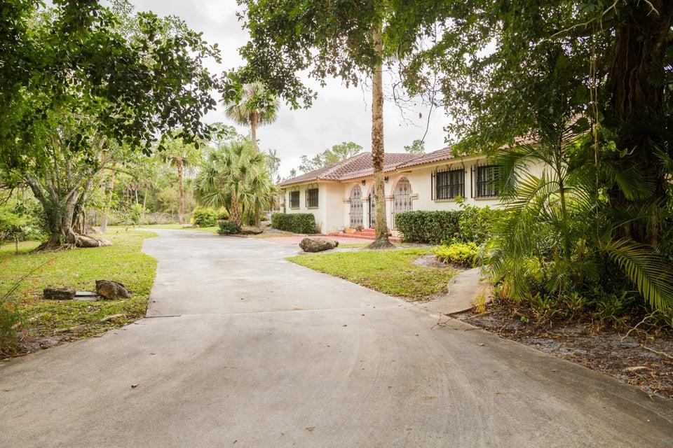 8028 Pioneer  West Palm Beach, FL 33411