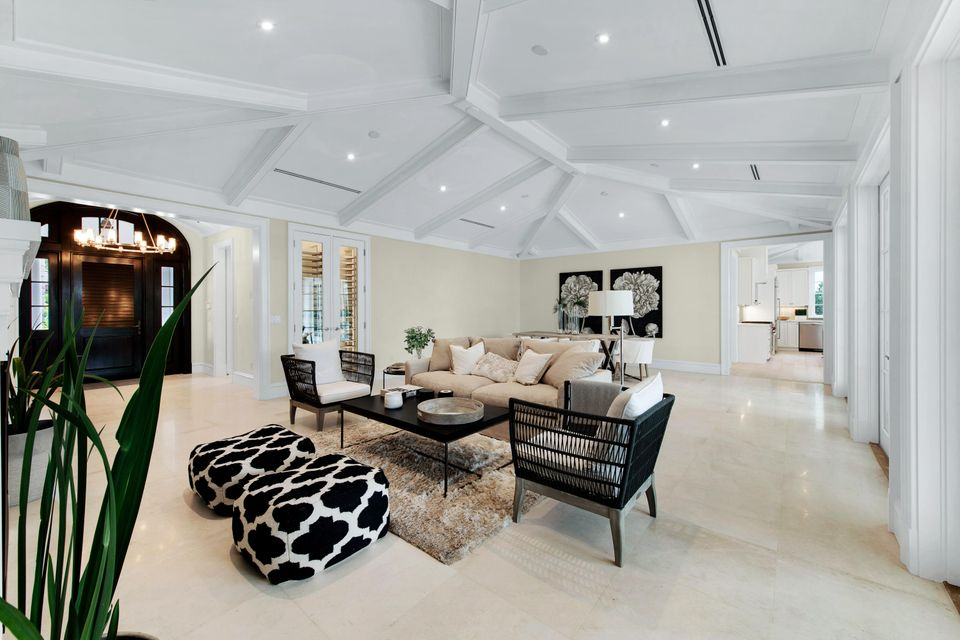 216  Sandpiper Drive , Palm Beach FL 33480 is listed for sale as MLS Listing RX-10404179 photo #3