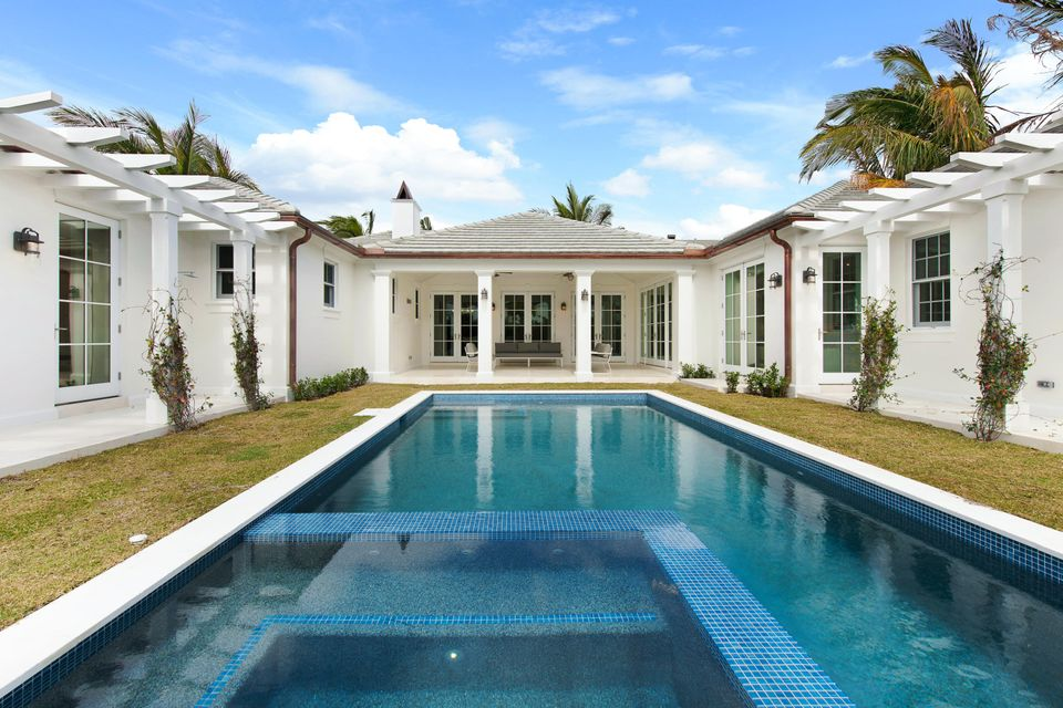 216  Sandpiper Drive , Palm Beach FL 33480 is listed for sale as MLS Listing RX-10404179 photo #2