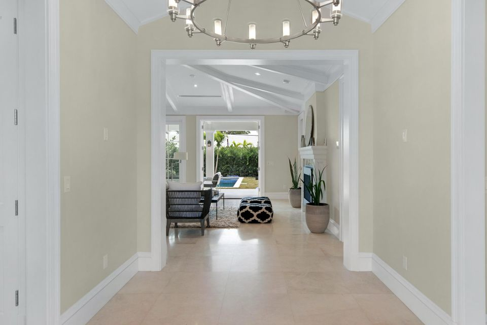 216  Sandpiper Drive , Palm Beach FL 33480 is listed for sale as MLS Listing RX-10404179 photo #12