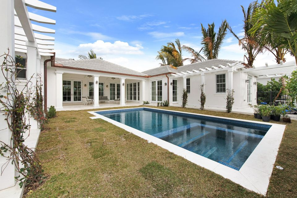 216  Sandpiper Drive , Palm Beach FL 33480 is listed for sale as MLS Listing RX-10404179 photo #13