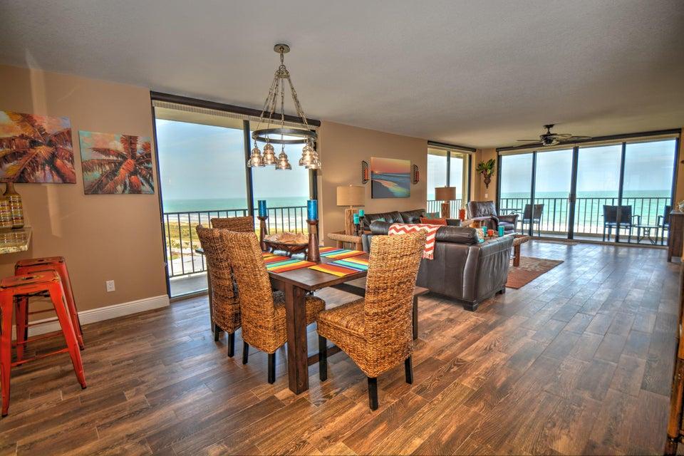 共管式独立产权公寓 为 销售 在 5061 N A1a # 801 5061 N A1a # 801 哈钦森岛, 佛罗里达州 34949 美国