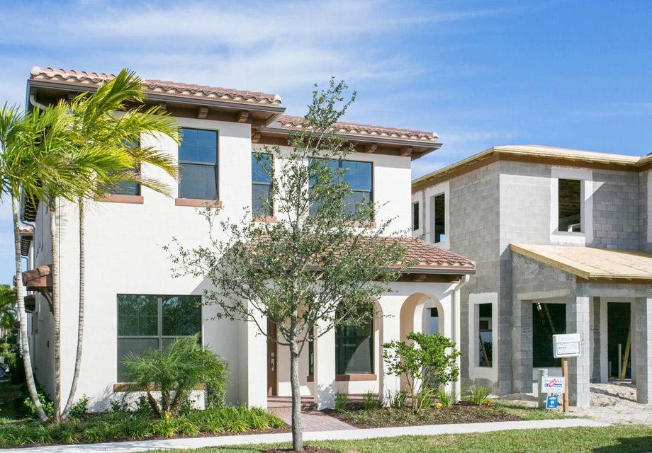 2102 Dickens Terrace  Palm Beach Gardens FL 33418
