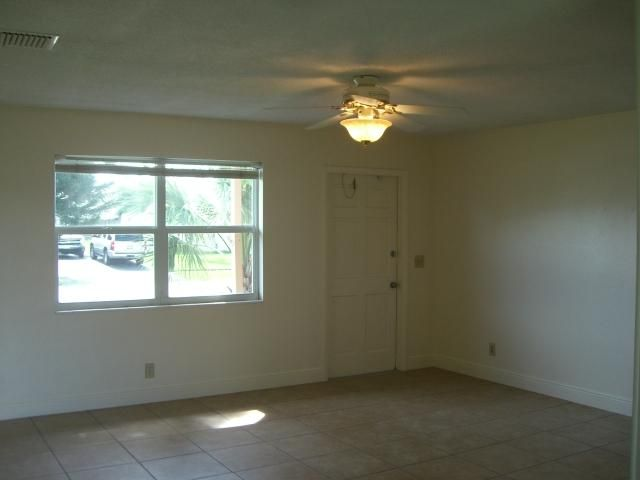 Single Family Home for Rent at 3237 Capri Road 3237 Capri Road Palm Beach Gardens, Florida 33410 United States