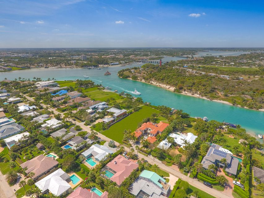 New Home for sale at 102 Lighthouse Drive in Jupiter Inlet Colony