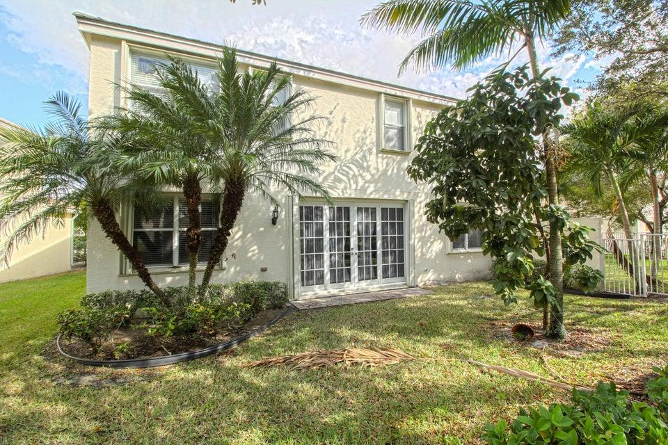 277 Berenger Walk Royal Palm Beach, FL 33414 photo 19