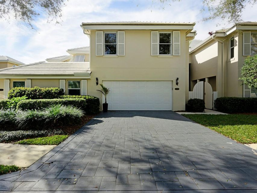 Home for sale in Cypress Island Palm Beach Gardens Florida