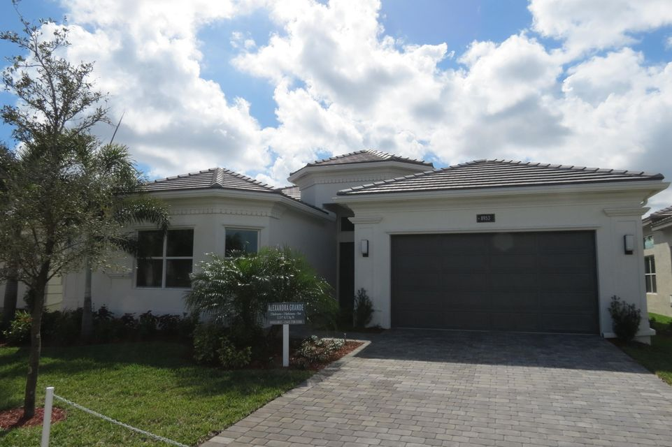Valencia Bay home 8953 Golden Mountain Circle Boynton Beach FL 33473