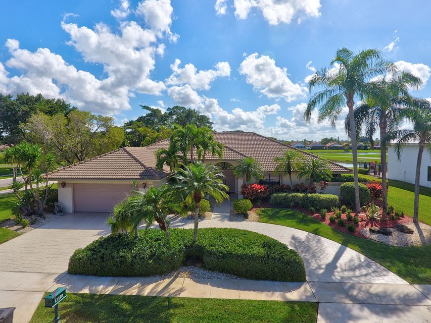 Single Family Home for Sale at 11139 Boca Woods Lane 11139 Boca Woods Lane Boca Raton, Florida 33428 United States