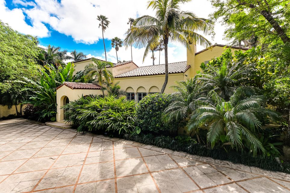 Single Family Home for Sale at 322 Clarke Avenue 322 Clarke Avenue Palm Beach, Florida 33480 United States