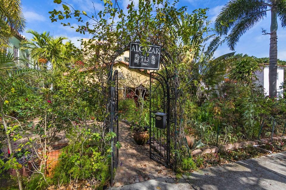 713 Sunset Road  West Palm Beach FL 33401