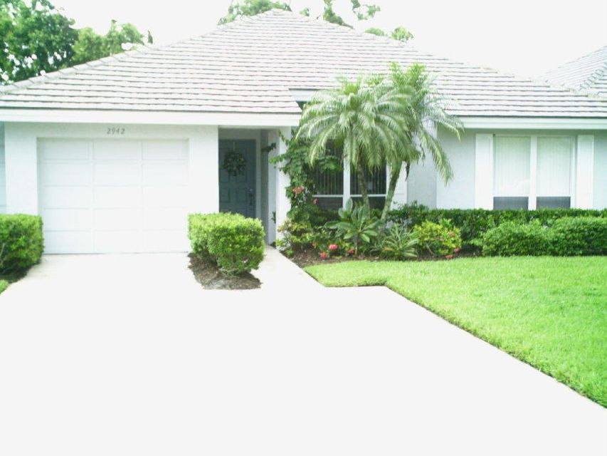 别墅 为 销售 在 2942 SW Westlake Circle 2942 SW Westlake Circle Palm City, 佛罗里达州 34990 美国