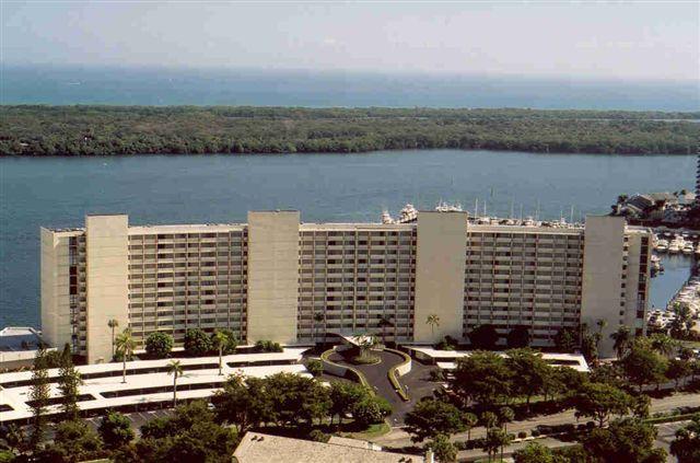 126 Lakeshore Drive 727  North Palm Beach FL 33408