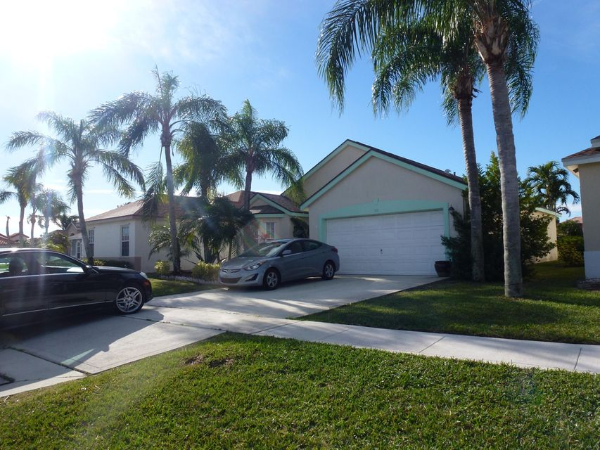 Single Family Home for Sale at 111 Meadowlands Drive 111 Meadowlands Drive Royal Palm Beach, Florida 33411 United States