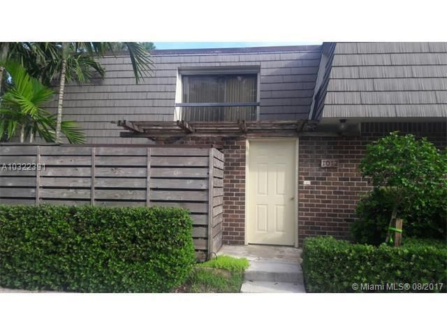 1012 10th Terrace , Palm Beach Gardens FL 33418 is listed for sale as MLS Listing RX-10404621 21 photos