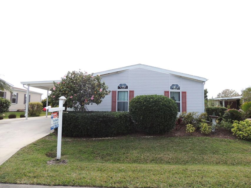 3005 Five Iron Drive , Port Saint Lucie FL 34952 is listed for sale as MLS Listing RX-10404634 22 photos