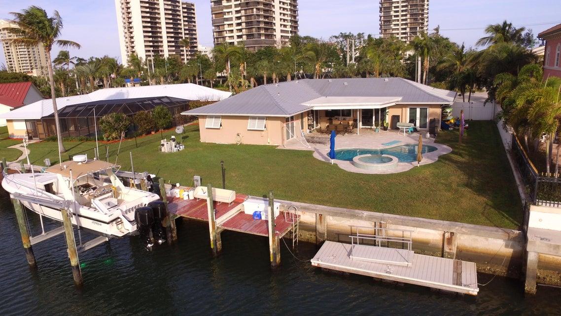 3941 N Ocean Drive  Singer Island FL 33404