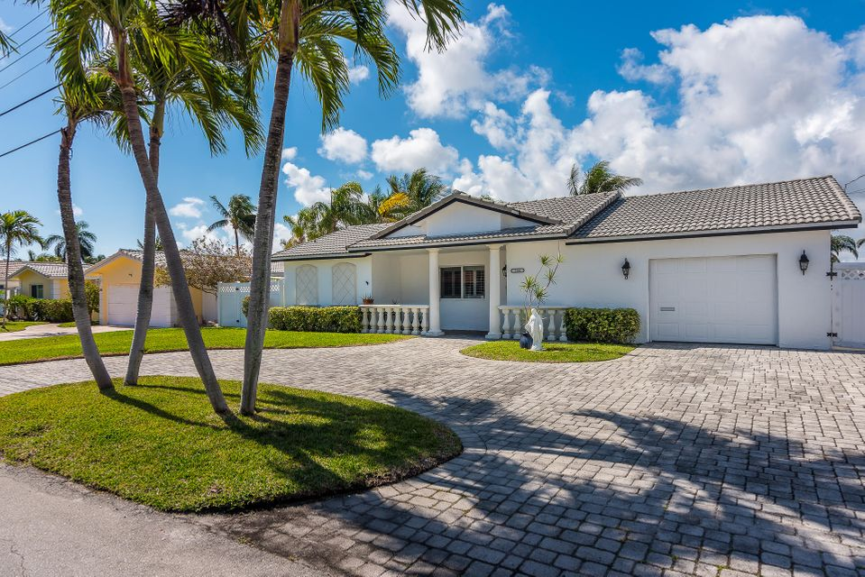 1241 SW 4th Court  Boca Raton FL 33432