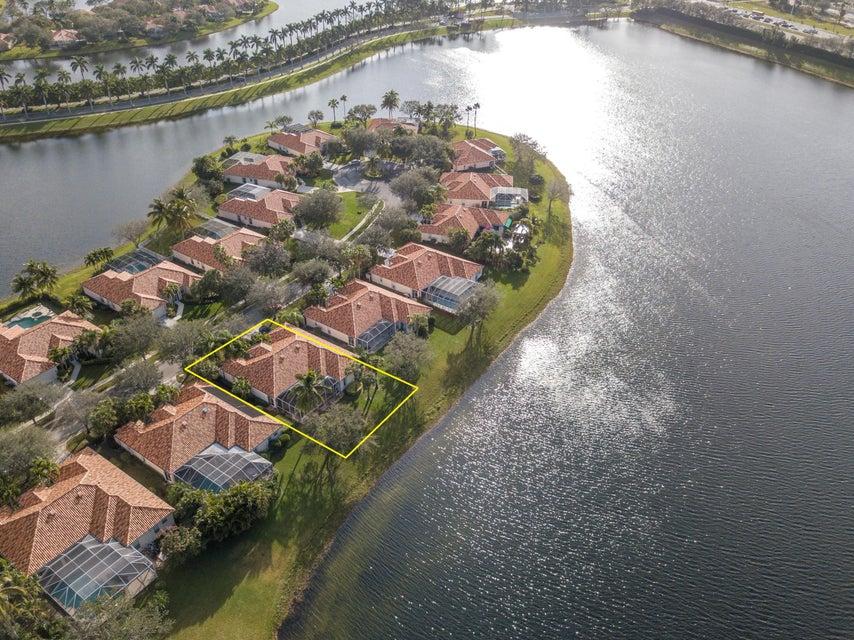 2207 Vero Beach Lane  West Palm Beach FL 33411