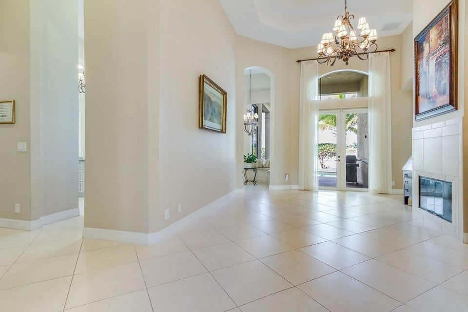8216 Butler Greenwood Drive Royal Palm Beach, FL 33411 photo 11