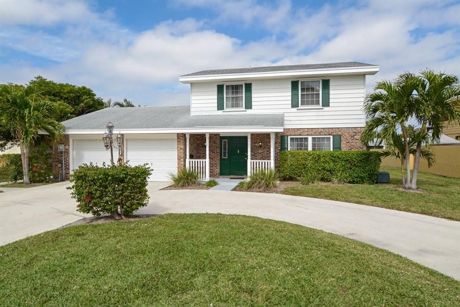 Casa Unifamiliar por un Venta en 1411 Indian Road 1411 Indian Road Lake Clarke Shores, Florida 33406 Estados Unidos