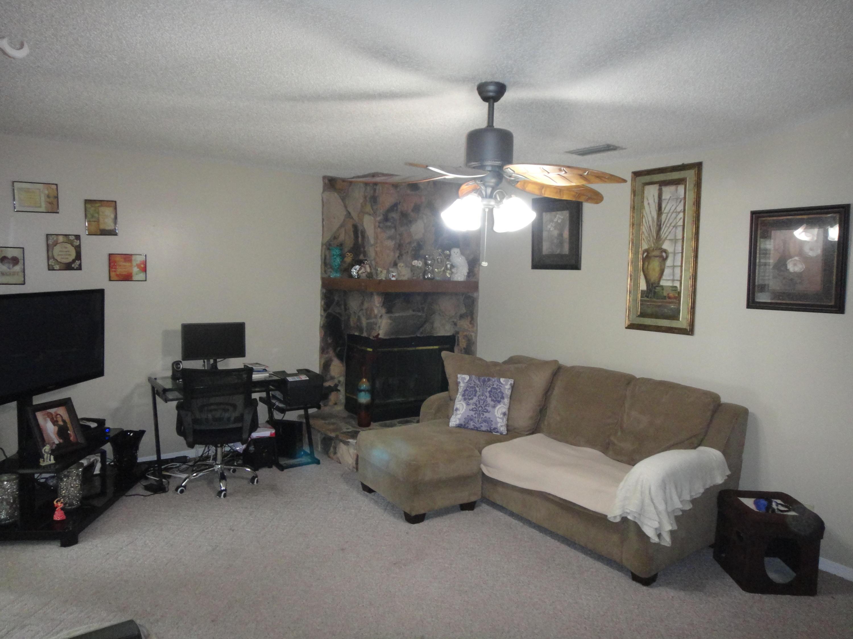 133 W Royal Pine Circle Royal Palm Beach, FL 33411 photo 5