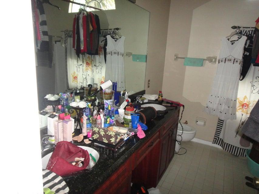 133 W Royal Pine Circle Royal Palm Beach, FL 33411 photo 10