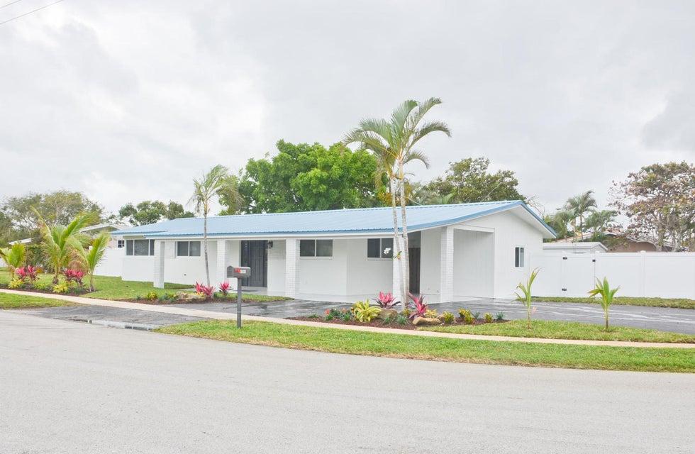 Home for sale in UNIVERSITY GARDENS Boca Raton Florida