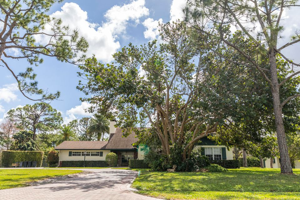 Single Family Home for Sale at 8057 Damascus Drive 8057 Damascus Drive Palm Beach Gardens, Florida 33418 United States