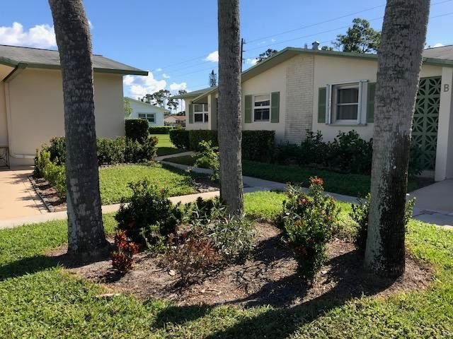 2956 Crosley Drive A  West Palm Beach, FL 33415