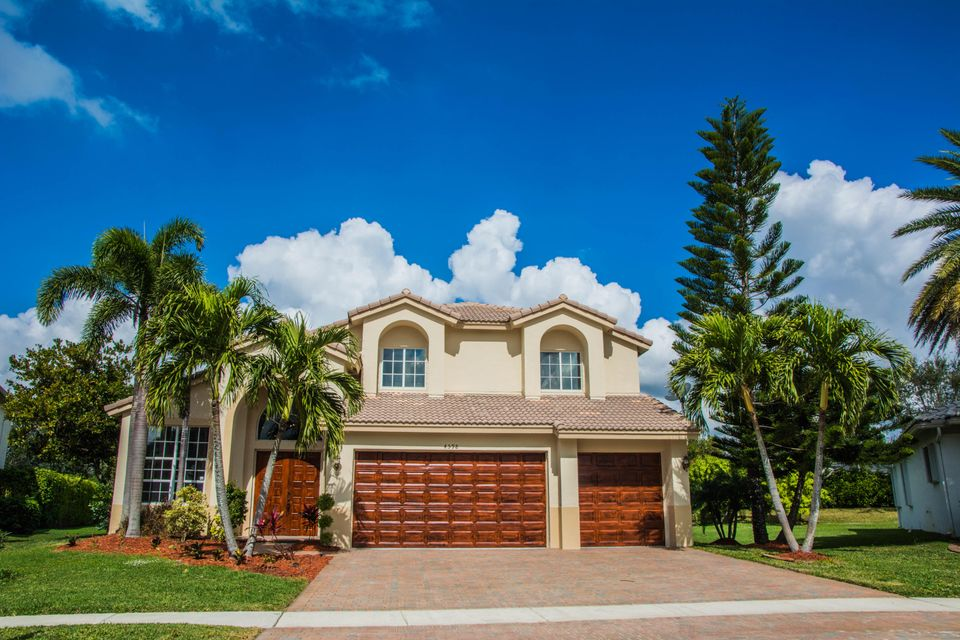 4598 Windward Cove Lane  Wellington FL 33449