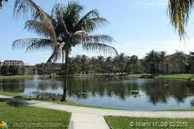 555 Island Drive