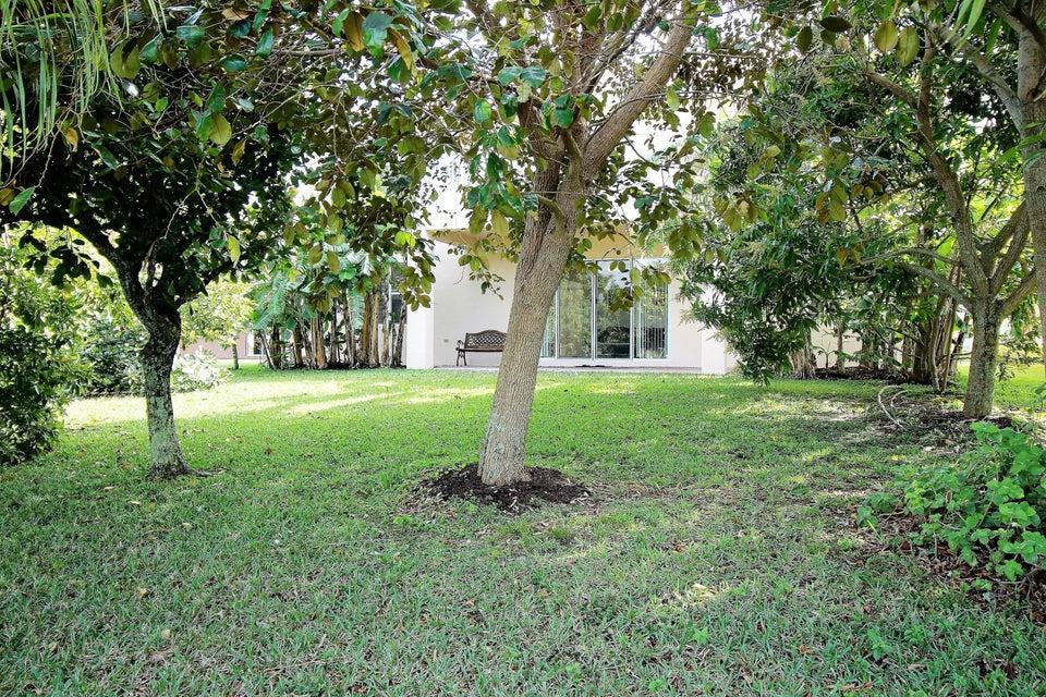 114 Ibisca Terrace Royal Palm Beach, FL 33411 photo 17