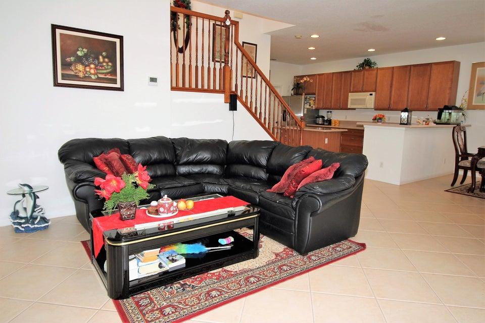 114 Ibisca Terrace Royal Palm Beach, FL 33411 photo 13