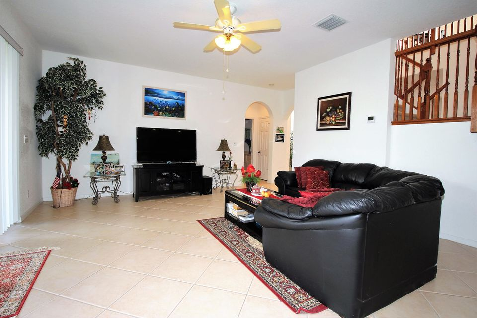 114 Ibisca Terrace Royal Palm Beach, FL 33411 photo 11