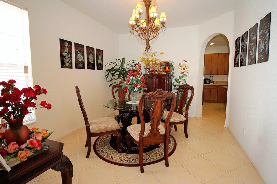 114 Ibisca Terrace Royal Palm Beach, FL 33411 photo 4