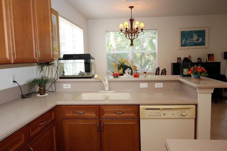 114 Ibisca Terrace Royal Palm Beach, FL 33411 photo 7
